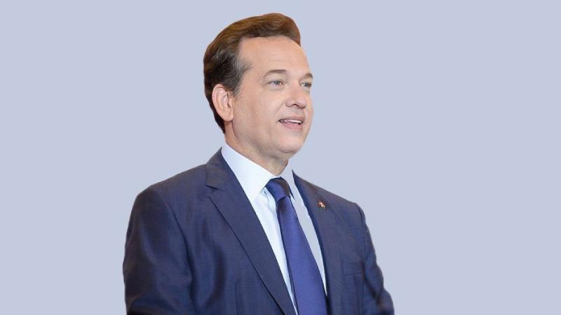 [:es]Ministro Bisonó valora aprobación de Ley de Proindustria[:]