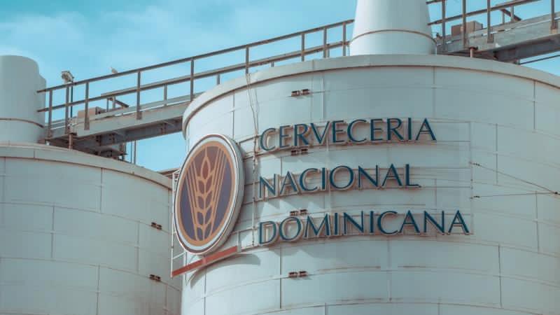 [:es]Explica Cervecería Nacional Dominicana causas reducción producción[:]