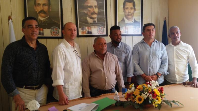 Desarrollara Consorcio domínico-colombiano proyecto tratamiento y procesamiento basura