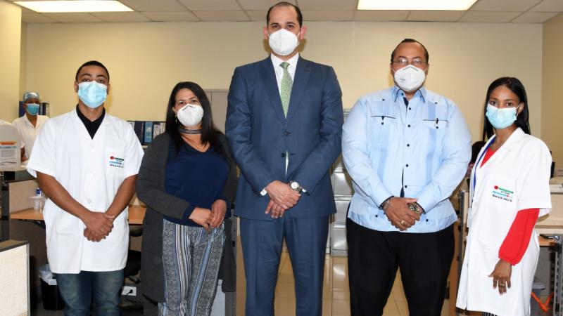 Habilitarán laboratorio control calidad medicamentos