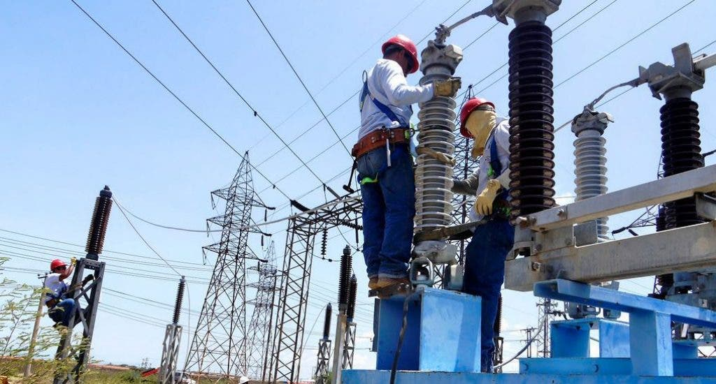 Plantean Gobierno evite colapso sistema eléctrico comunidades turísticas Samaná