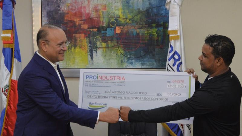 Proindustria exhorta aprovechar el financiamiento de RD$5,000 millones