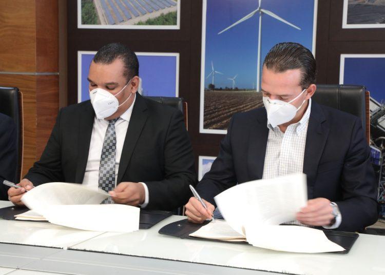 CNE y EGE Haina firman concesión para construcción del Parque Solar Girasol