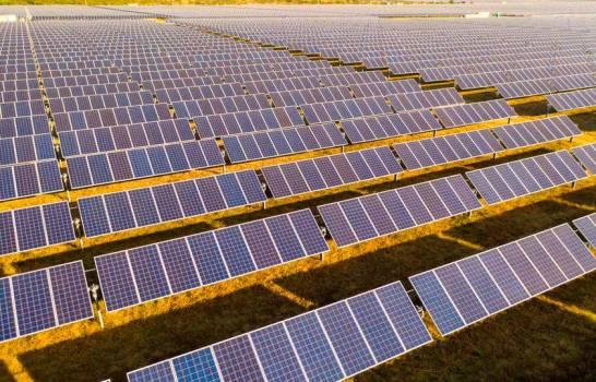 Empresa de energía coloca con éxito US$700 millones en bonos verdes