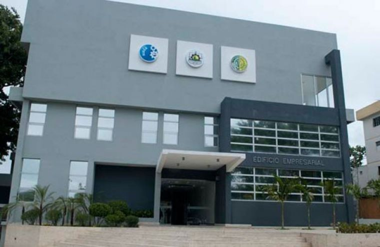 Proyecta Cámara Comercio Santiago apoyo tecnológico miembros
