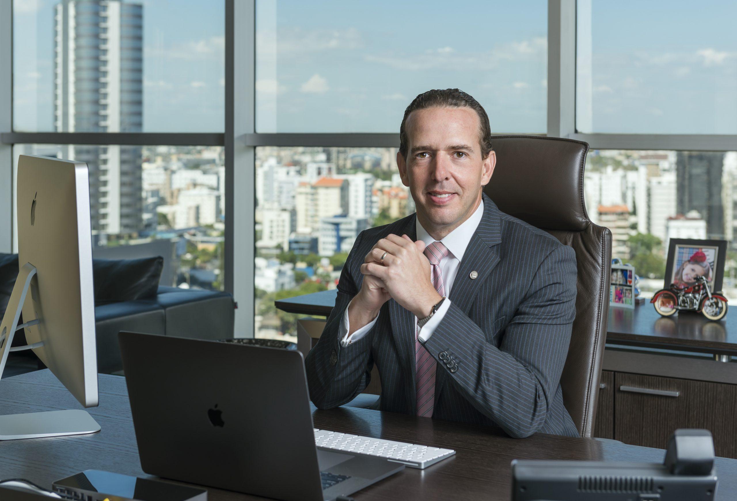Mejía Brache es electo nuevo presidente ADIE
