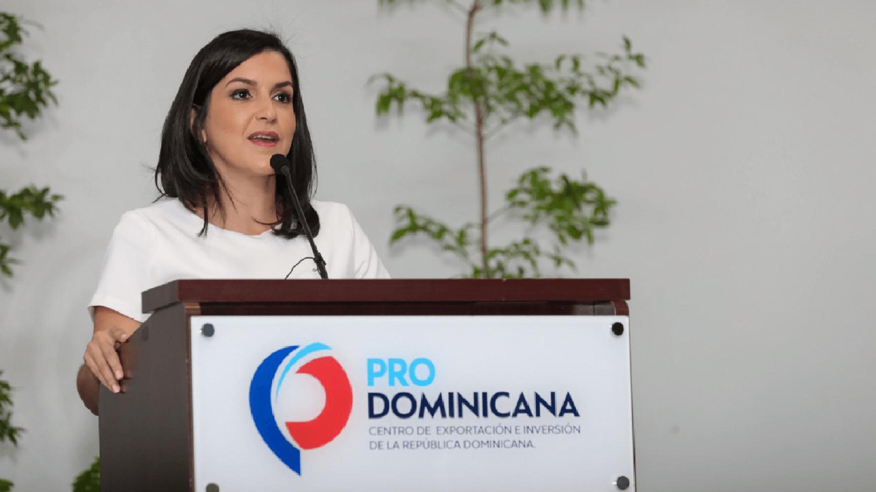 Saluda Pro Dominicana nueva Estrategia Exportación Servicios