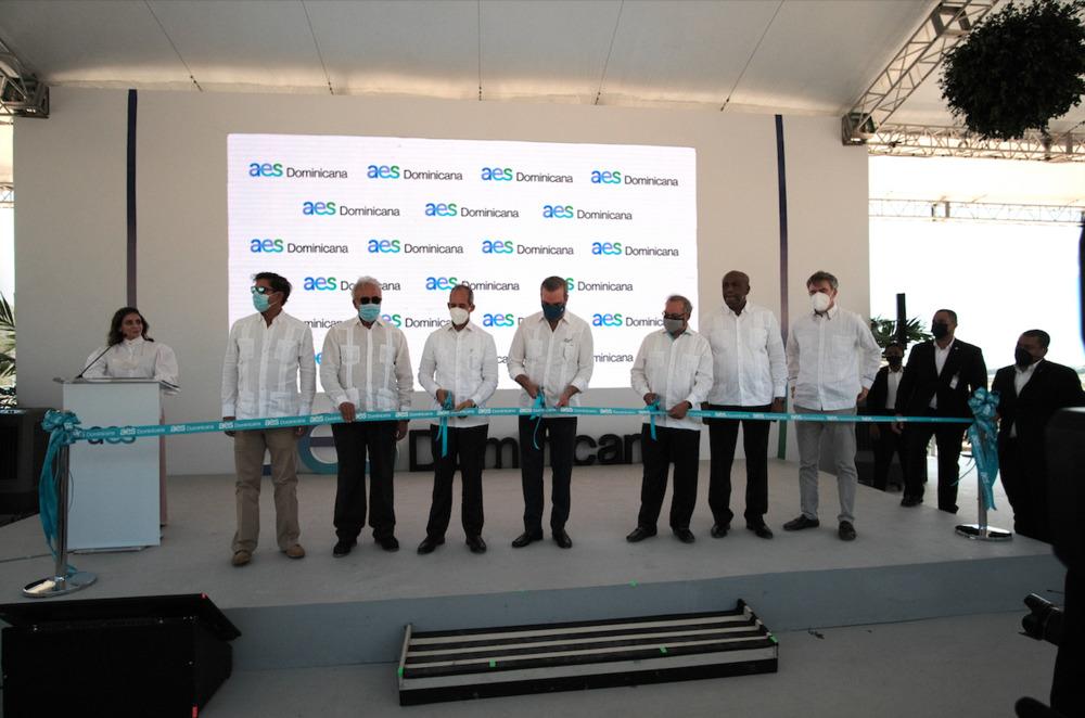 AES Dominicana inaugura primera planta de operación 100% renovable