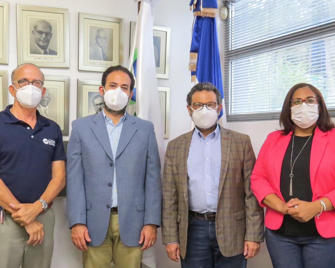Centros Formación Empresarial de Cámara Comercio Santiago y Gerencial Meta firman acuerdo Interinstitucional