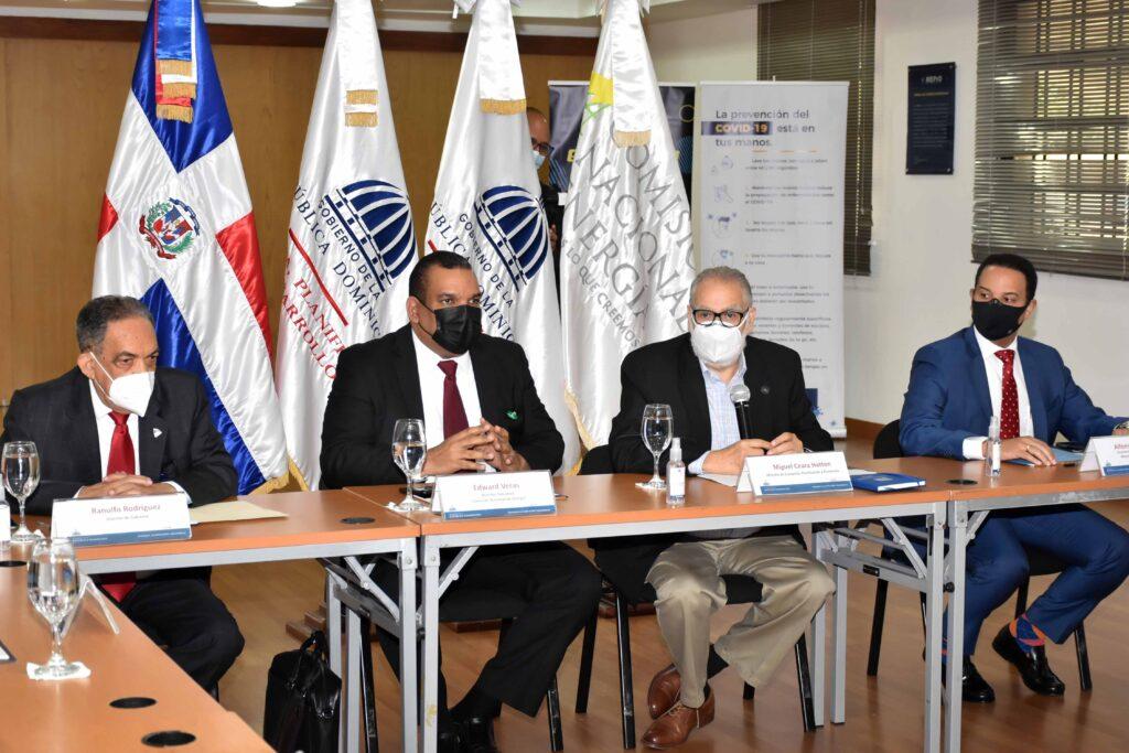 """MEM, Comisión Nacional de energía y el MEPyD organizan conversatorio """"Energía y planificación"""""""