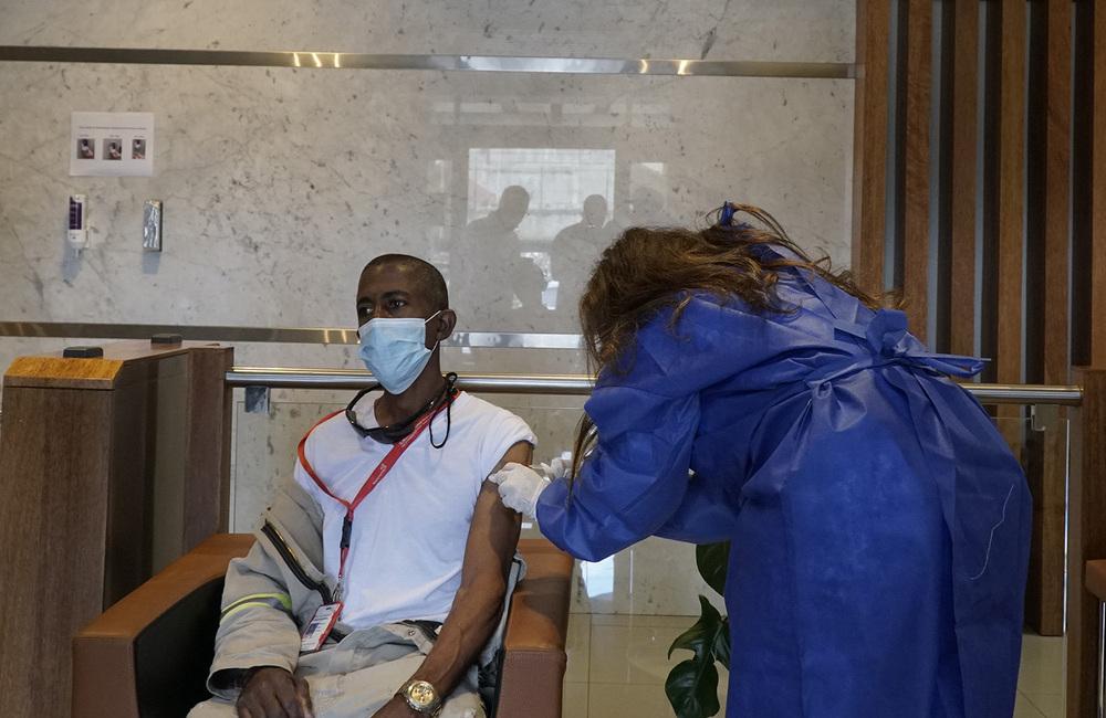 Desarrollo Refidomsa PDV jornada vacunación sus instalaciones