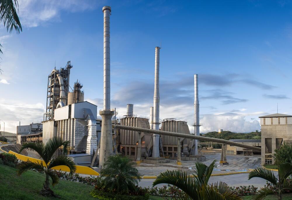 Ratifica Cementos Cibao permisos Estado realizar operaciones mineras