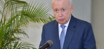 Enfoca el doctor Alburquerque salarios, corrupción y relación FP otros partidos