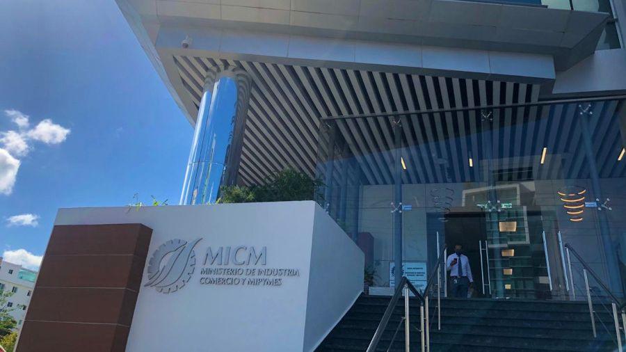 MICM y CEPAL imparten cursos sector privado sobre manejo plataformas comercio exterior Magic Plus y Siagro